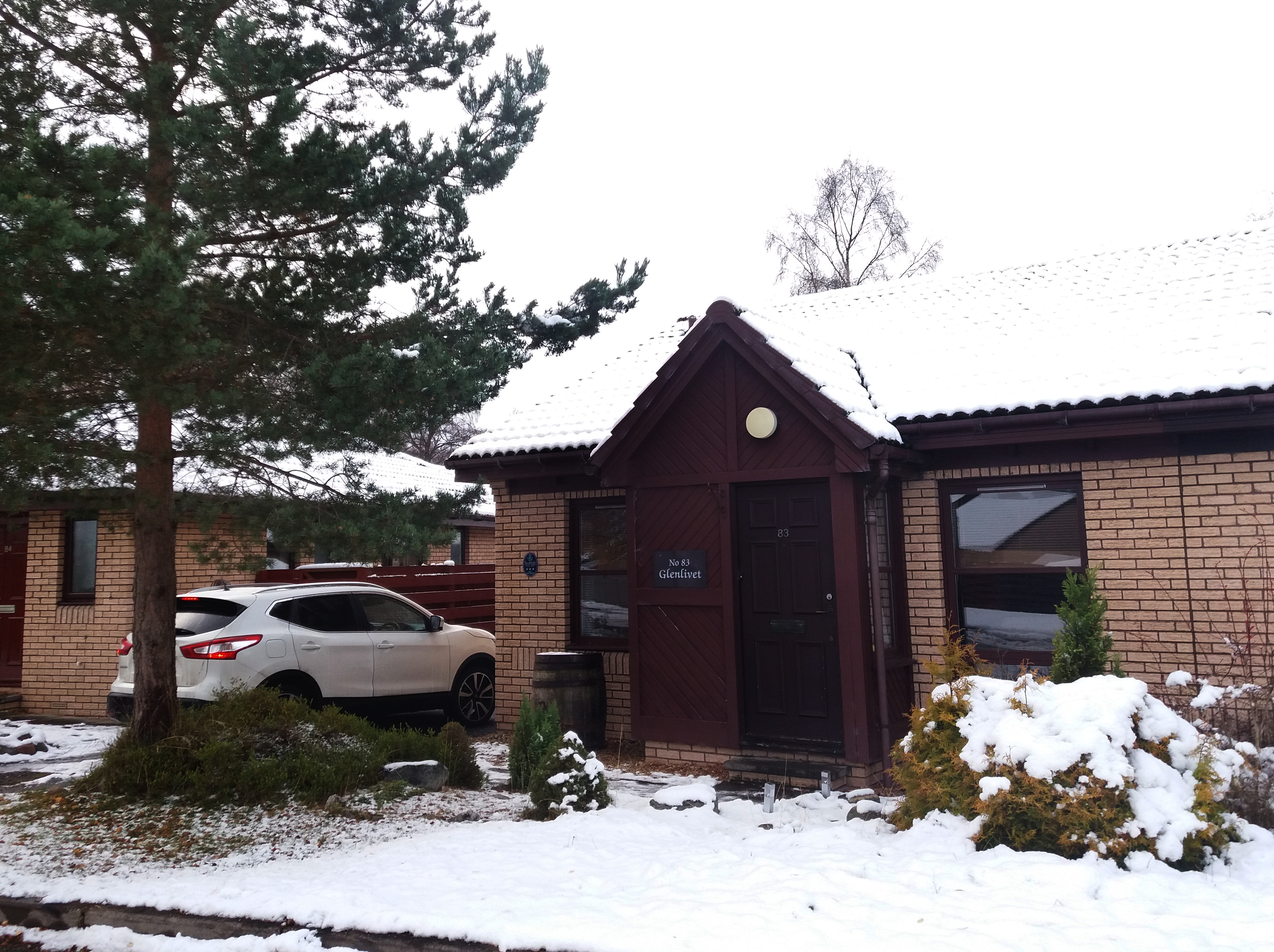Glenlivet Lodge is the perfect accomodation for a family holiday, skiing trips or just a short escape to the Highlands. Situated in the Silverglades area in Aaviemore, it's just a short walk from here to the village centre.